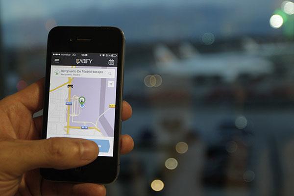 Cabify te ofrece la mejor solución de movilidad urbana para cada momento, segura y acorde con la legalidad vigente